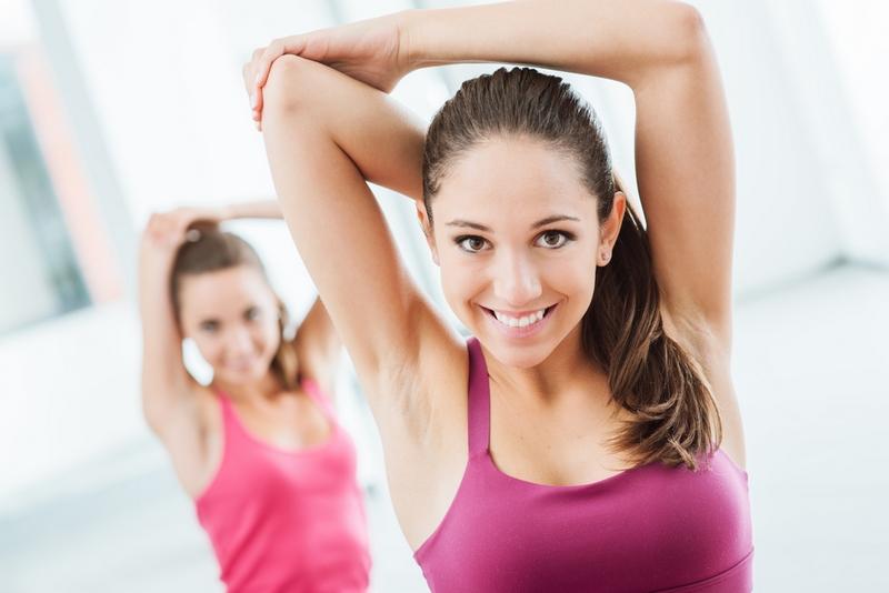 Доктор Влад: «Чтобы кожа на руках и ногах не обвисала, делаем два простых упражнения»