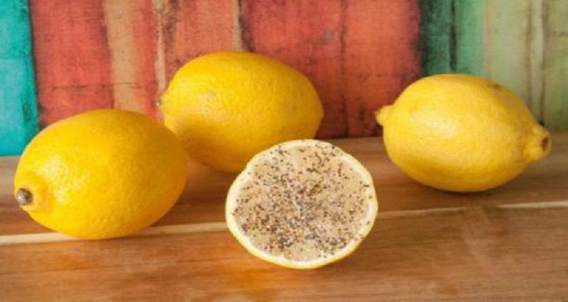 Лимон с солью и перцем